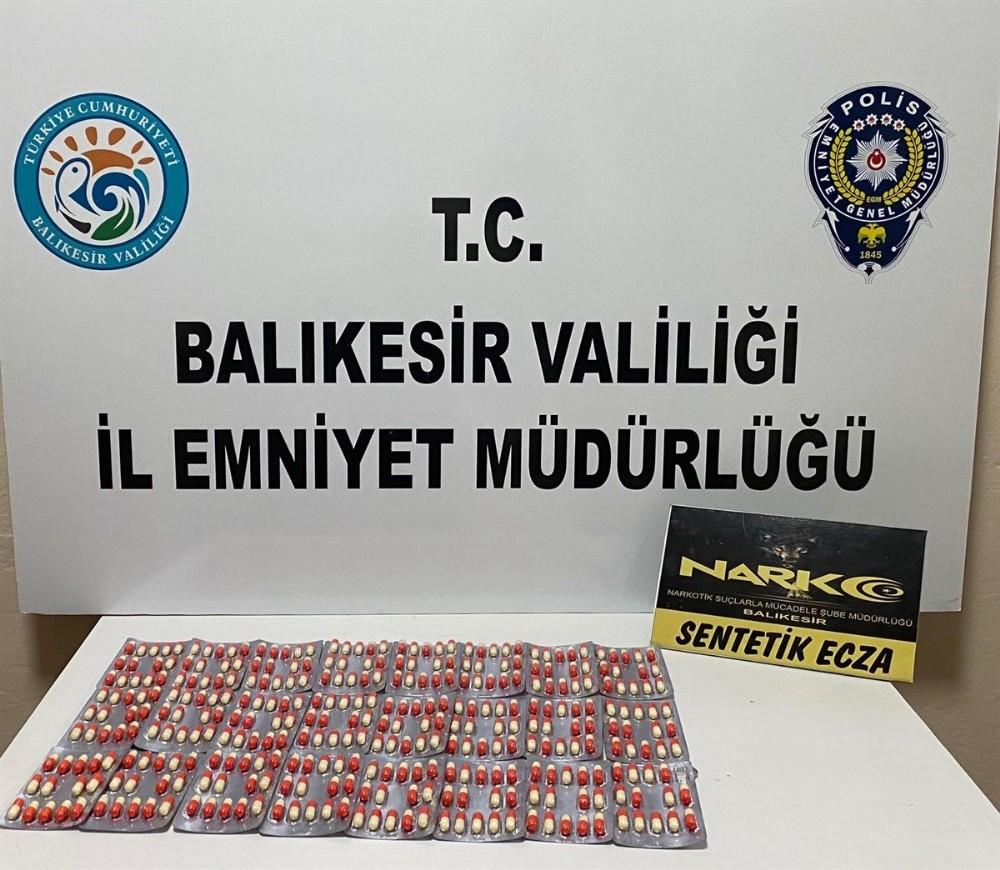 Balıkesir'de 5 uyuşturucu şüphelisi tutuklandı