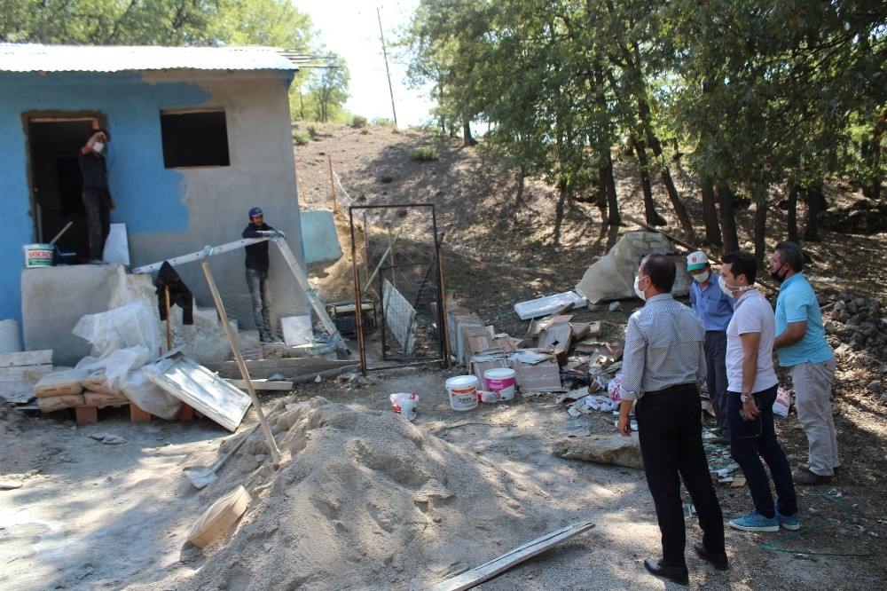 Kaymakam Karadağ, köylerdeki içme suyu depolarını inceledi