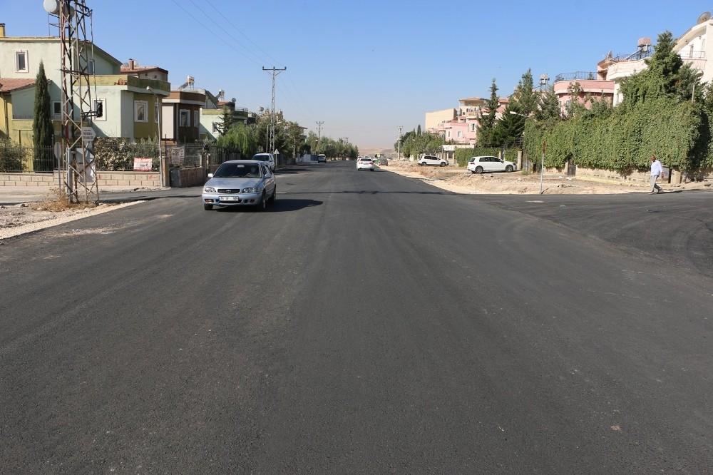 Şanlıurfa'da sıcak asfalt çalışmaları