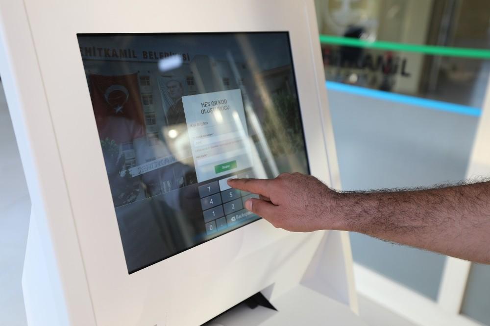 Şehitkamil'de teknolojiyle temassız hes kodu kontrolü dönemi