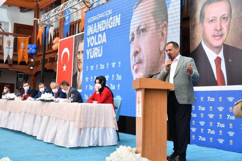 Başkan Demir: Sorunları tarihe gömüyoruz