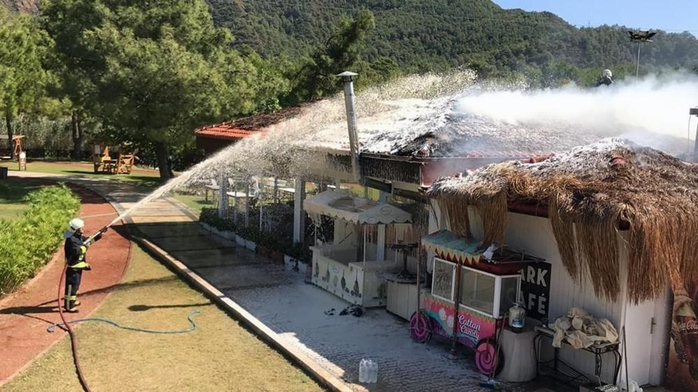 Macera parkının kafeteryasında yangın