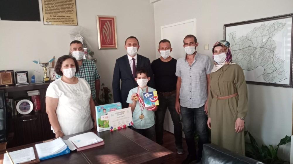 Akıl ve zeka oyunları Manisa il birincisi Alaşehir'den