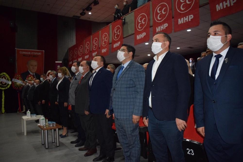 MHP'de Bozkurt güven tazeledi