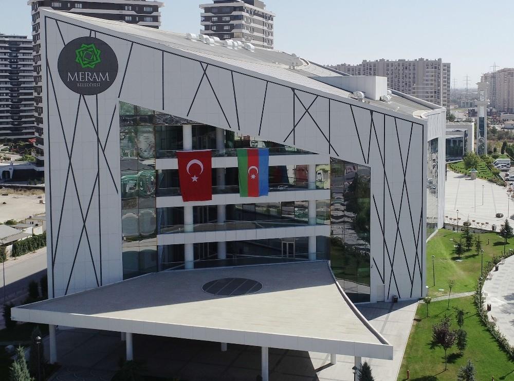 """Başkan Kavuş: Azerbaycan'ın ve kardeş şehrimiz Şeki'nin yanındayız"""""""