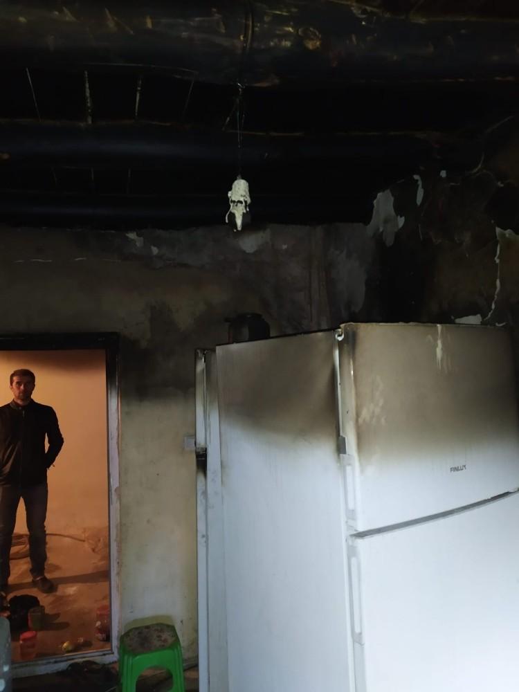 Dağlıca'da ev yangını