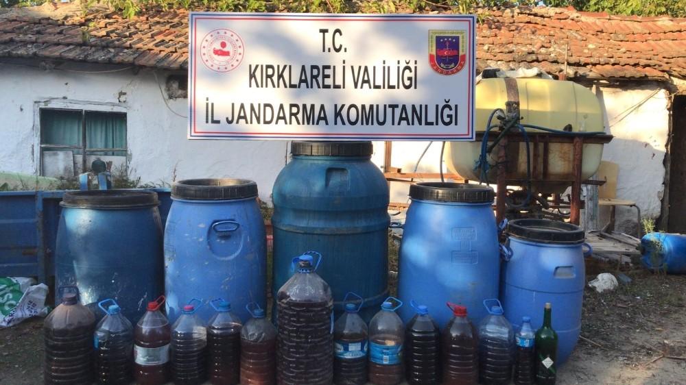 Kırklareli'de 760 litre sahte alkol ele geçirildi