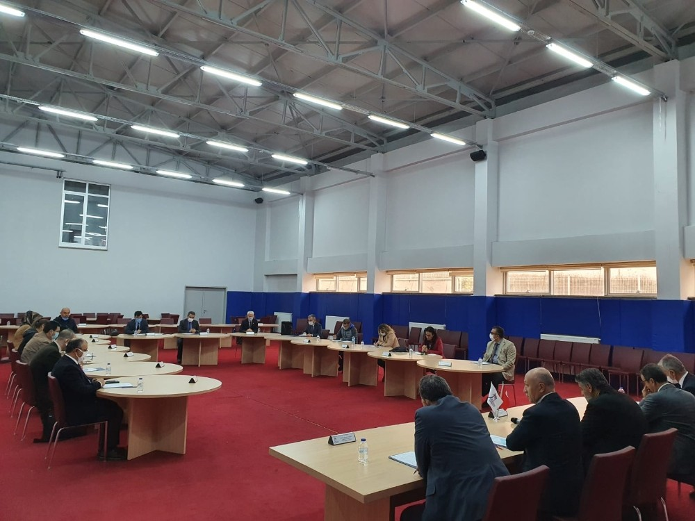 KBÜ senatosu Ovacık'ta toplandı