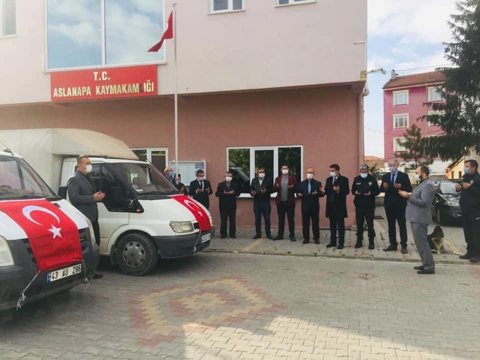 Aslanapa'dan İzmir'e yardım