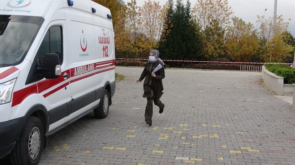 Karabük'te adaylar saniyeler kala sınava yetişti