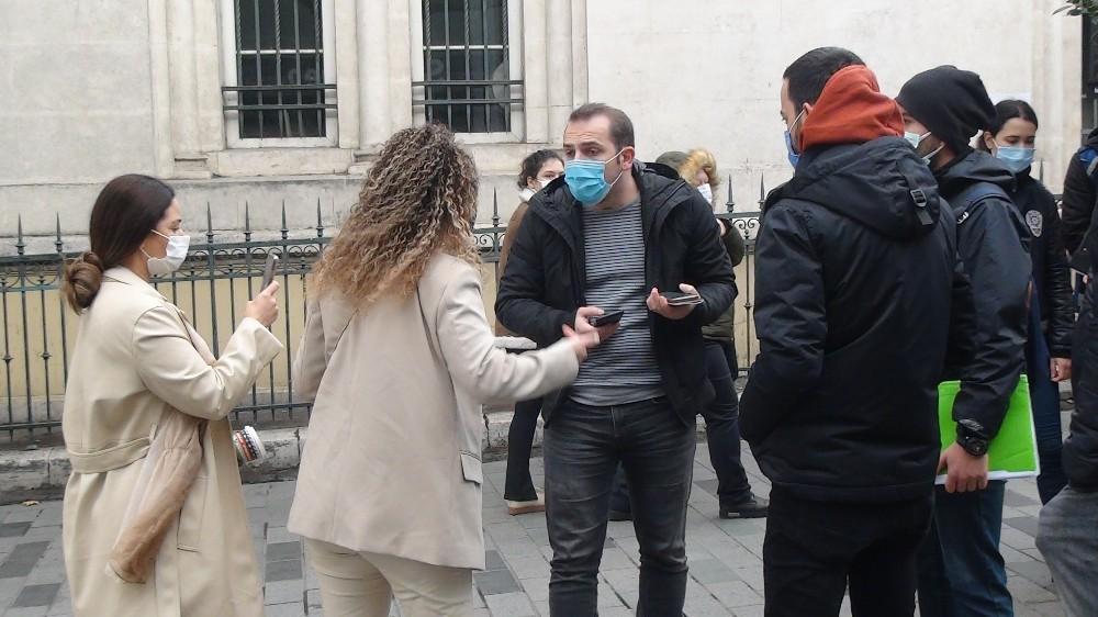 """Özel Polise """"Kapa çeneni"""" diyen kadın turistler gözaltına alındı"""