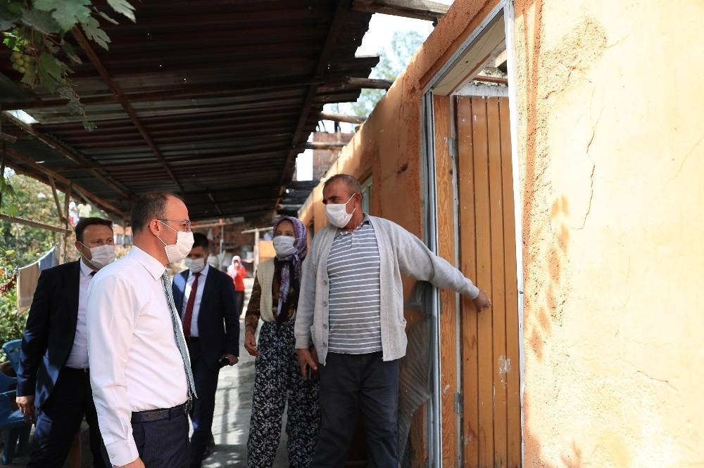 Yangında evlerini kaybeden ailenin yaralarını Pamukkale Belediyesi sardı