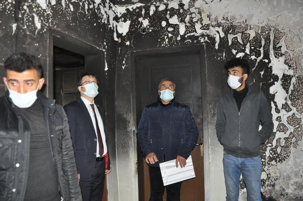 Şırnak Valiliği evi yanan ailenin yaralarını sardı