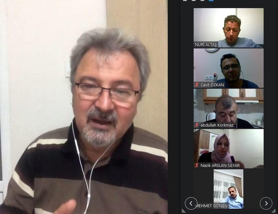 Afyonkarahisar'da 'nasıl lider öğretmen olunur?' semineri