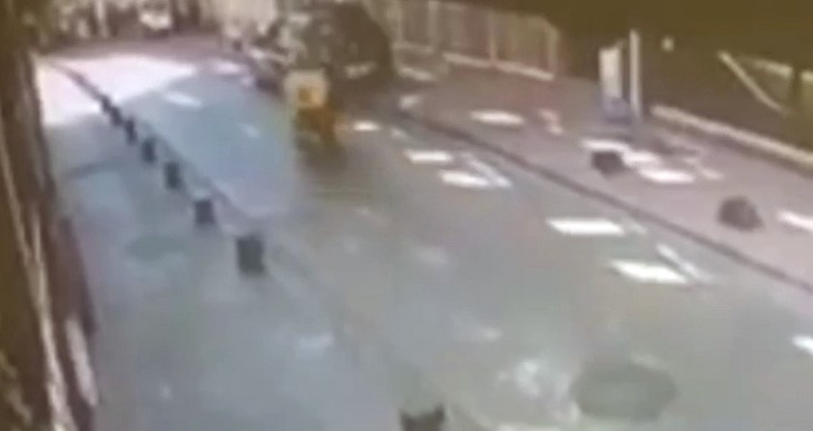 Özel İstanbul'da ilginç kazalar kamerada
