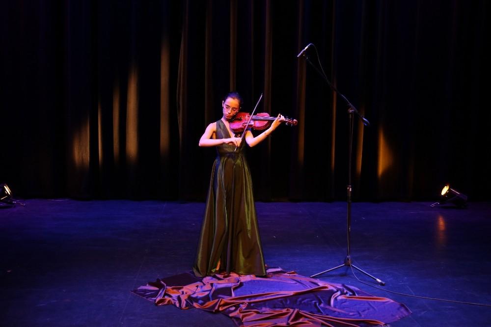 Ataşehir Belediyesi Mayıs ayından bu yana 200 sanatçıyı Ataşehirlilerle buluşturdu