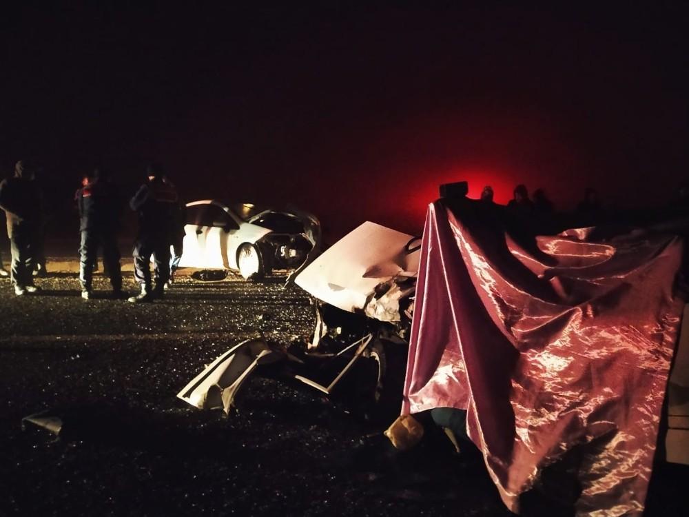 Kastamonu'da yoğun sis nedeniyle iki otomobil çarpıştı: 1 ölü