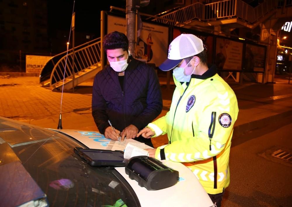Mardin'de maske takmayan 123 kişiye 110 bin 700 lira ceza