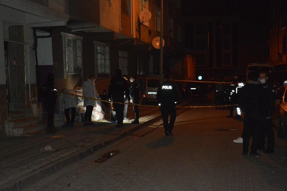 Sultangazi'de gürültü kavgası kanlı bitti: 1 ölü