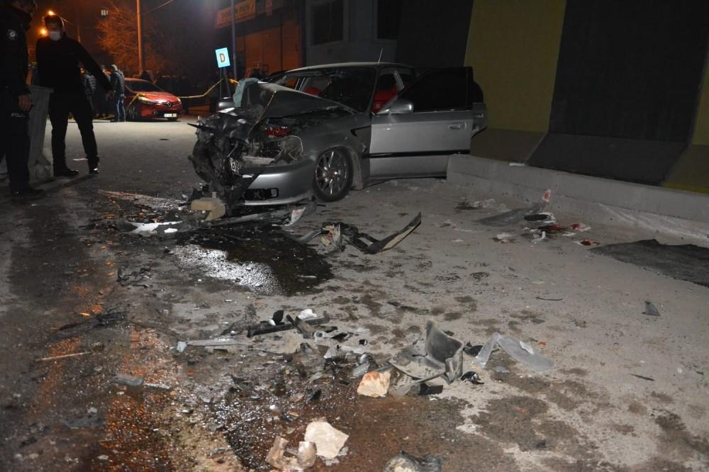 Diyarbakır'da feci kaza: 1 ölü, 5 yaralı