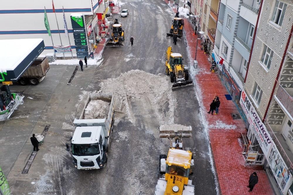 Akdağmadeni Belediyesi kışa hazır