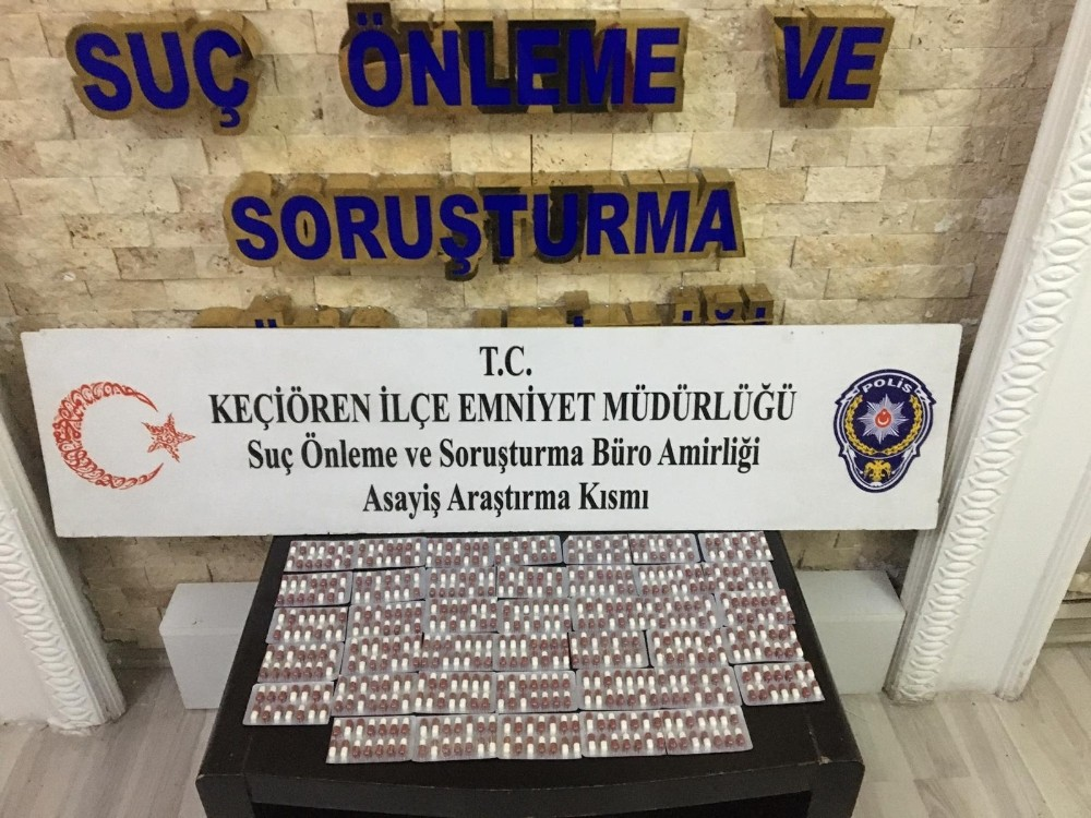 Ankara'da bin 800 adet uyuşturucu hap ele geçirildi