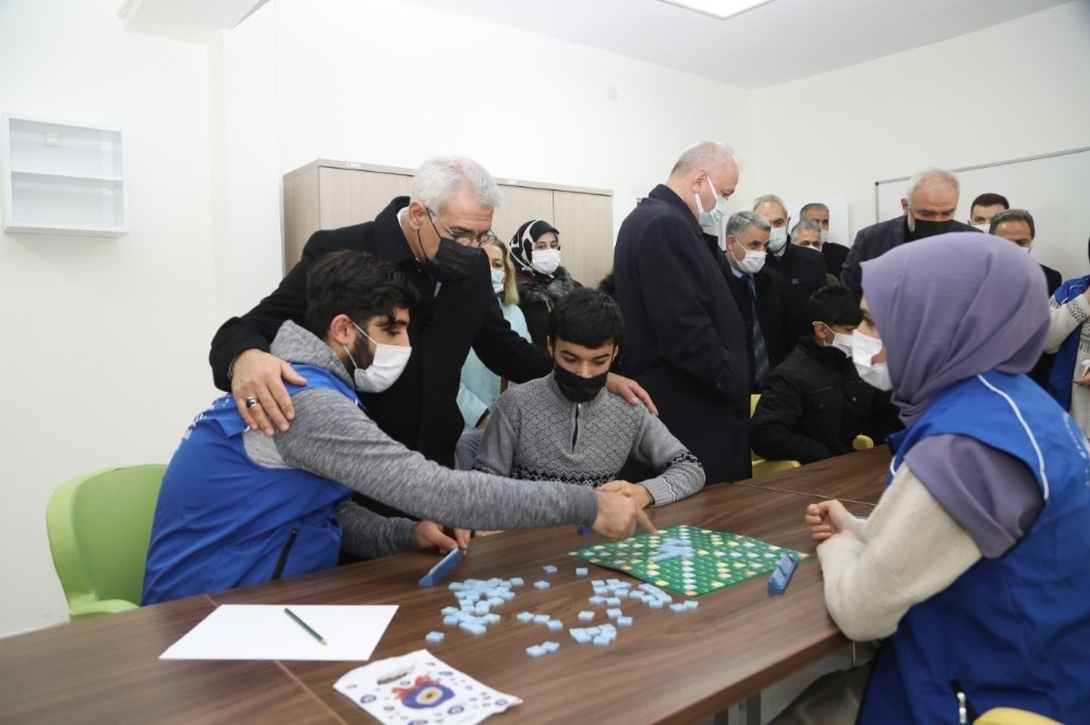 Batttalgazi'ye Gençlik Merkezi müjdesi