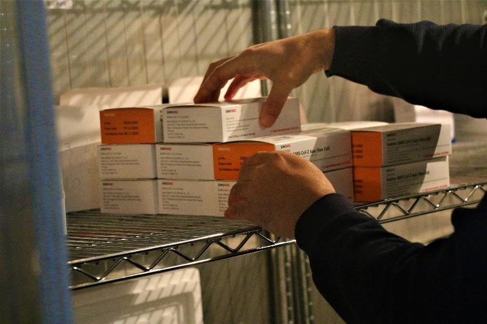 Gebze'ye getirilen bin adet aşı, bugün yapılmaya başlanacak