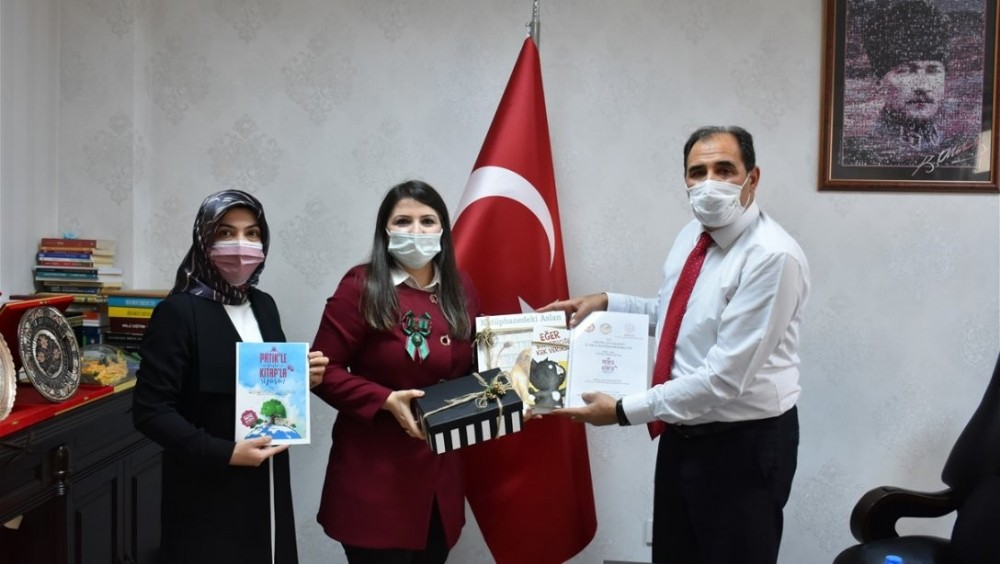 """Erzincan'da """"Patikle Başla Kitapla Yaşa"""" projesi"""