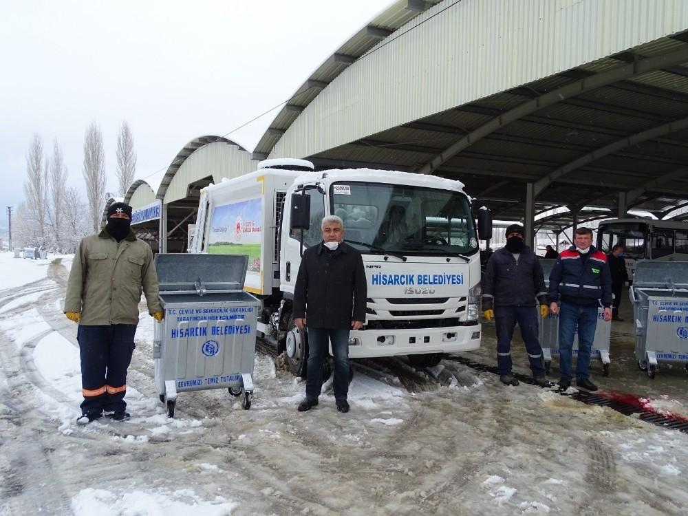 Hisarcık Belediyesine yeni hibe çöp aracı