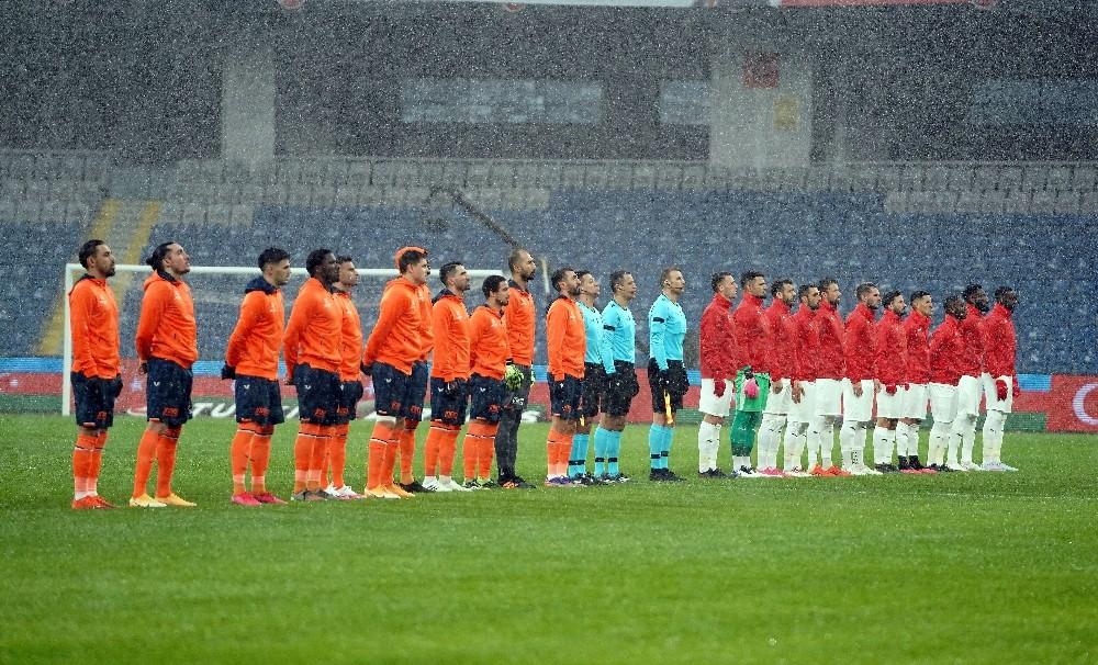 Süper Lig: Medipol Başakşehir: 1 - DG Sivasspor: 1 Maç sonucu