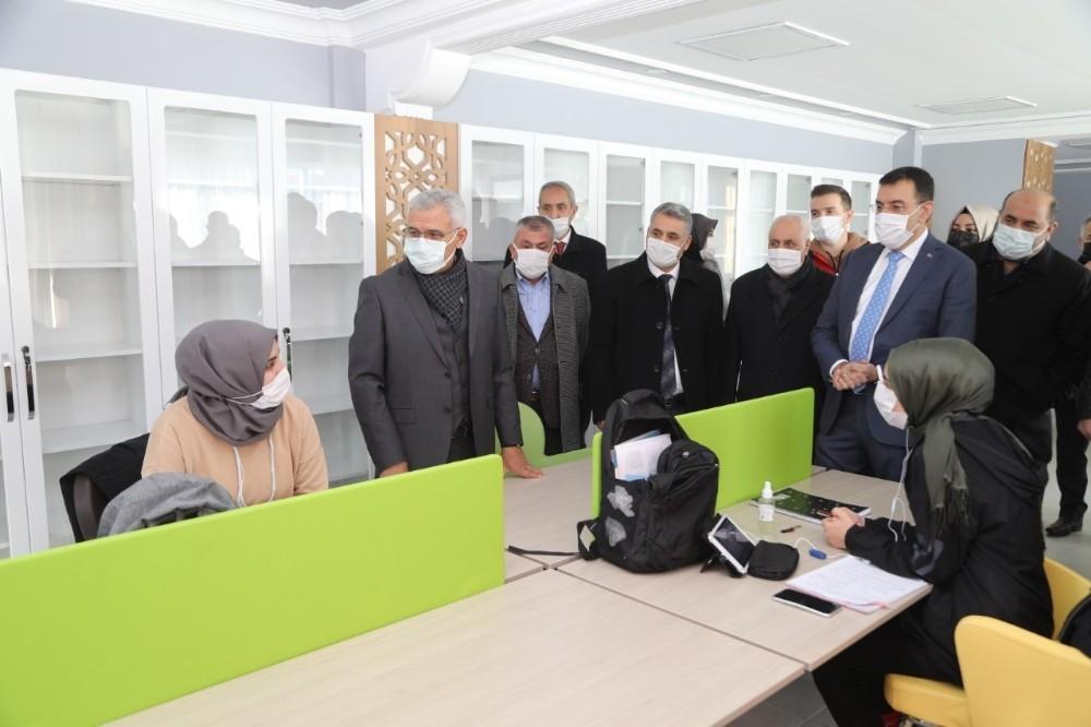 Tüfenkci'den Battalgazi'deki yatırımlara övgü