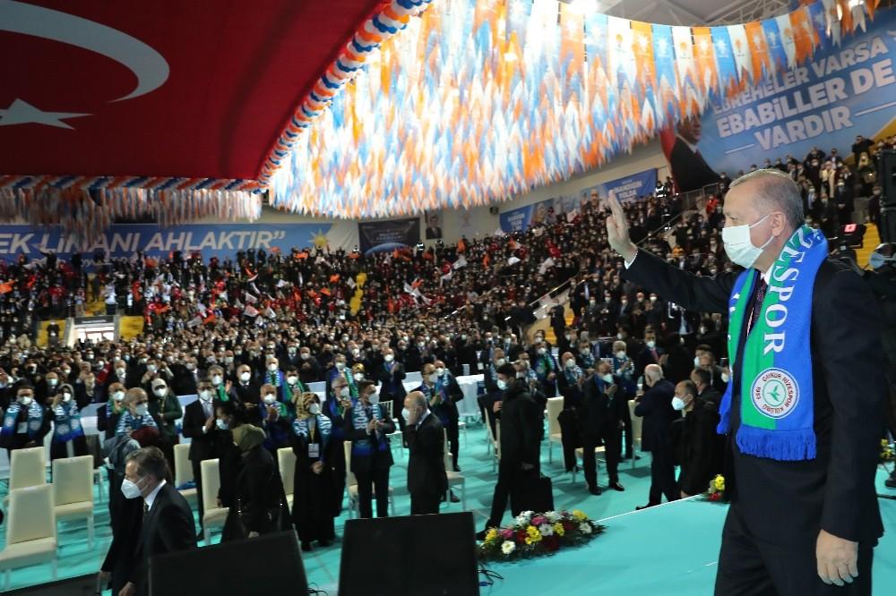 """Cumhurbaşkanı Erdoğan: """"Kardeşlerimiz teröristlerin elinde esirdi; Hep bu kardeşlerimizi kurtarmanın hesabını yaptık, çok uğraştık"""""""