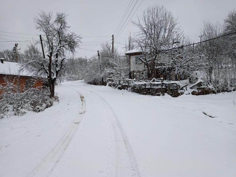 Karabük'te yüksek kesimlerde kar kalınlığı 20 cm'ye ulaştı