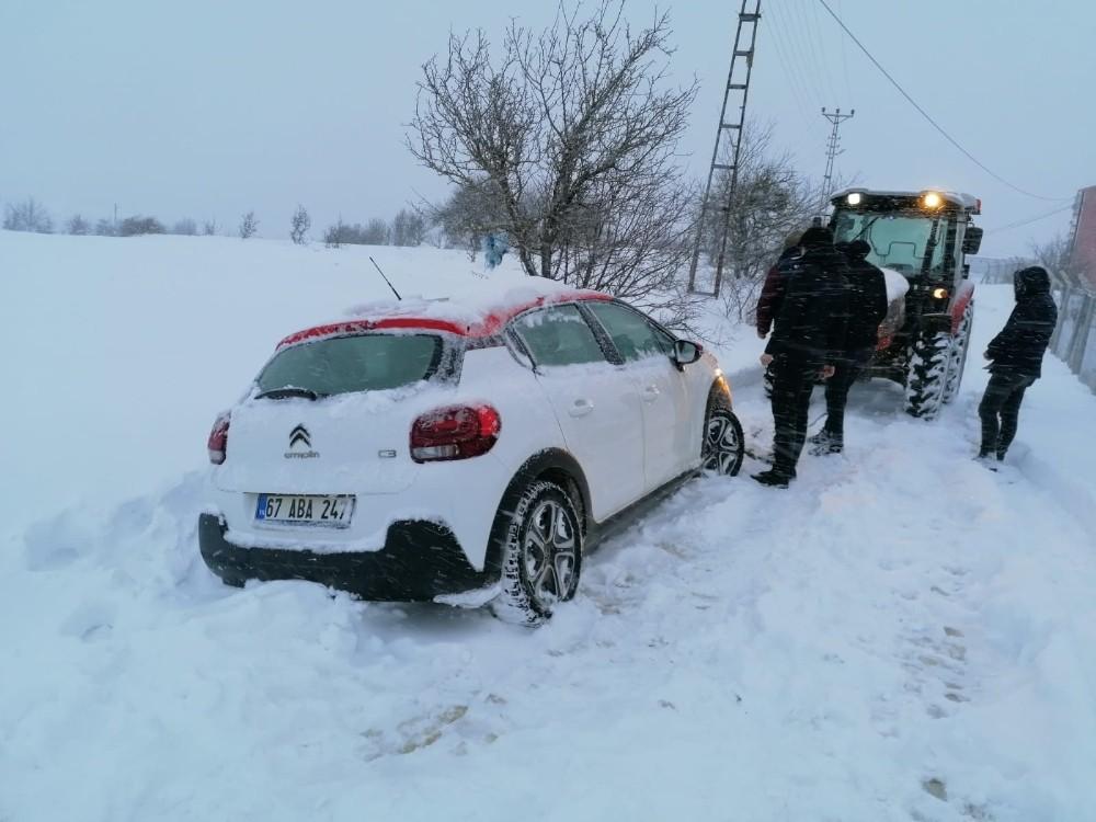 Karabük'ün iki ilçesinde kar yağışı etkili oluyor