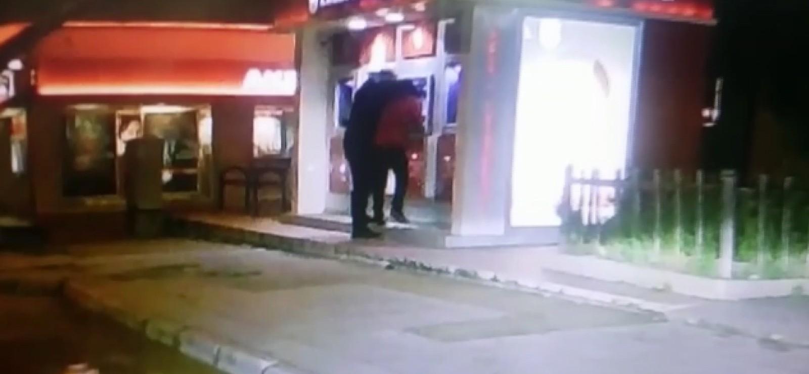 ATM'de gaspçı dehşeti
