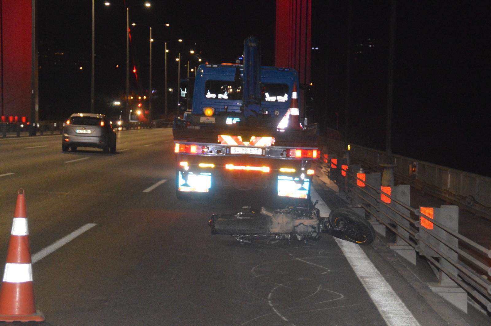 Tek teker giderken kaza yapan motosikletli hayatını kaybetti - İstanbul  Haberleri