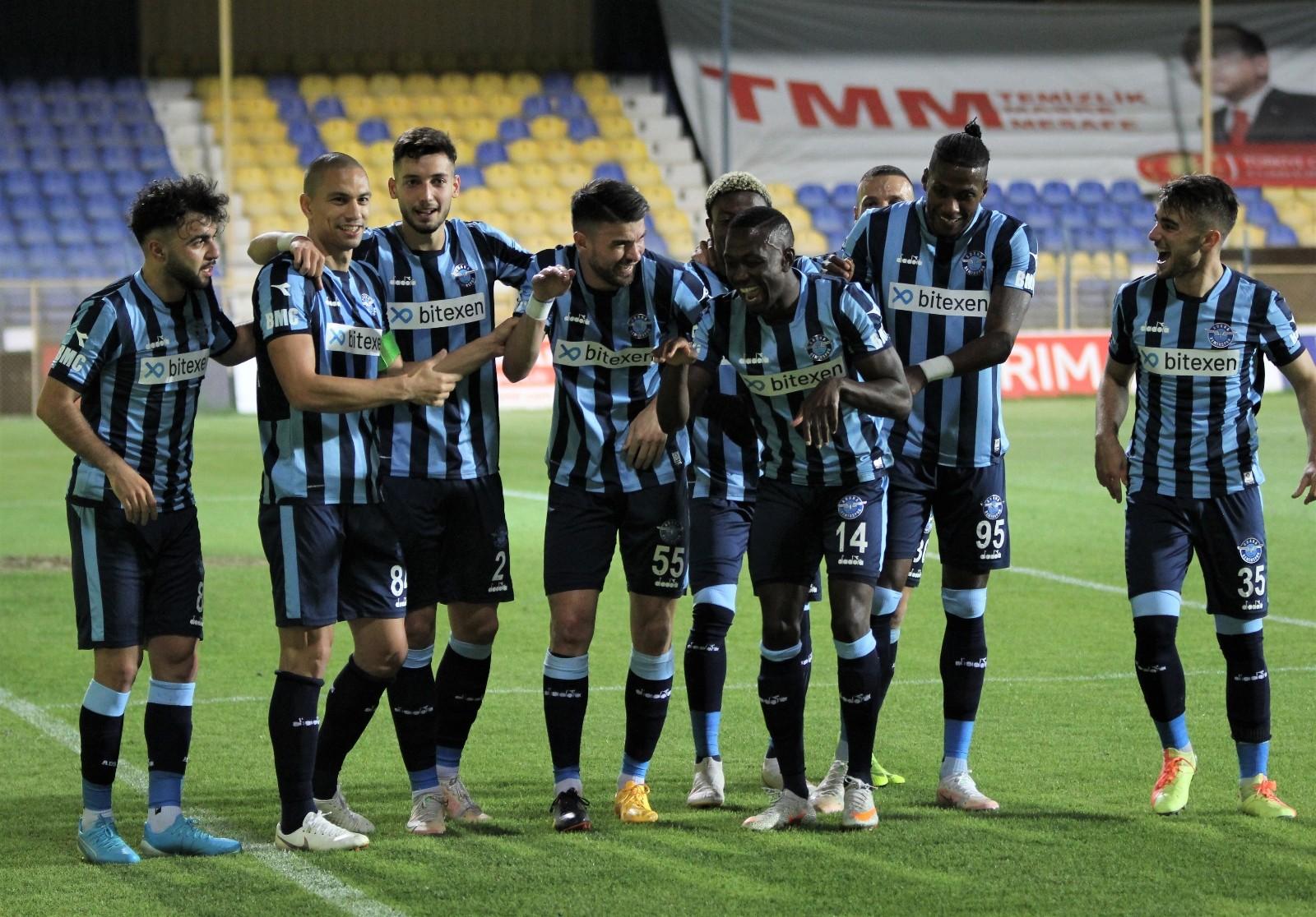 TFF 1. Lig: Menemenspor: 0 - Adana Demirspor: 3 (İlk yarı sonucu) - İzmir  Haberleri