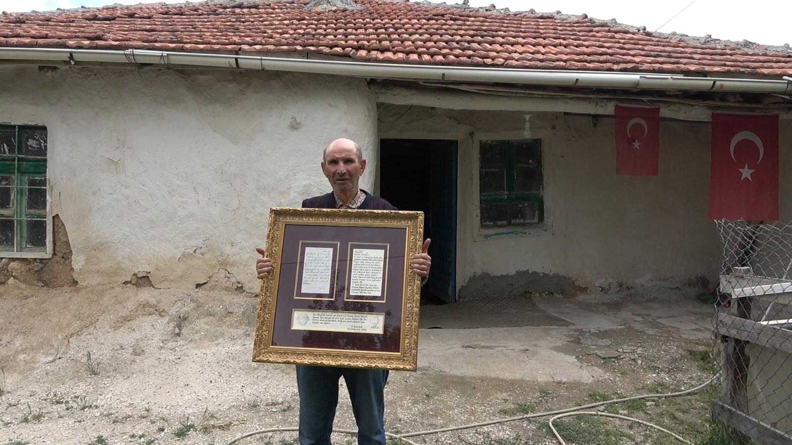Yemen'de esir düşen Kırıkkaleli Hacı Dede'nin mektubu yıllar sonra torunlarına teslim edildi