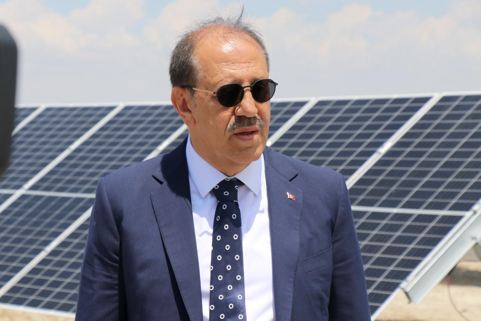 """Kalyon Holding Yönetim Kurulu Başkanı Kalyoncu: """"Santral tamamlandığında Avrupa'nın en büyük, dünyanın ise en büyük 5 güneş enerjisi santralinden biri olacak"""""""
