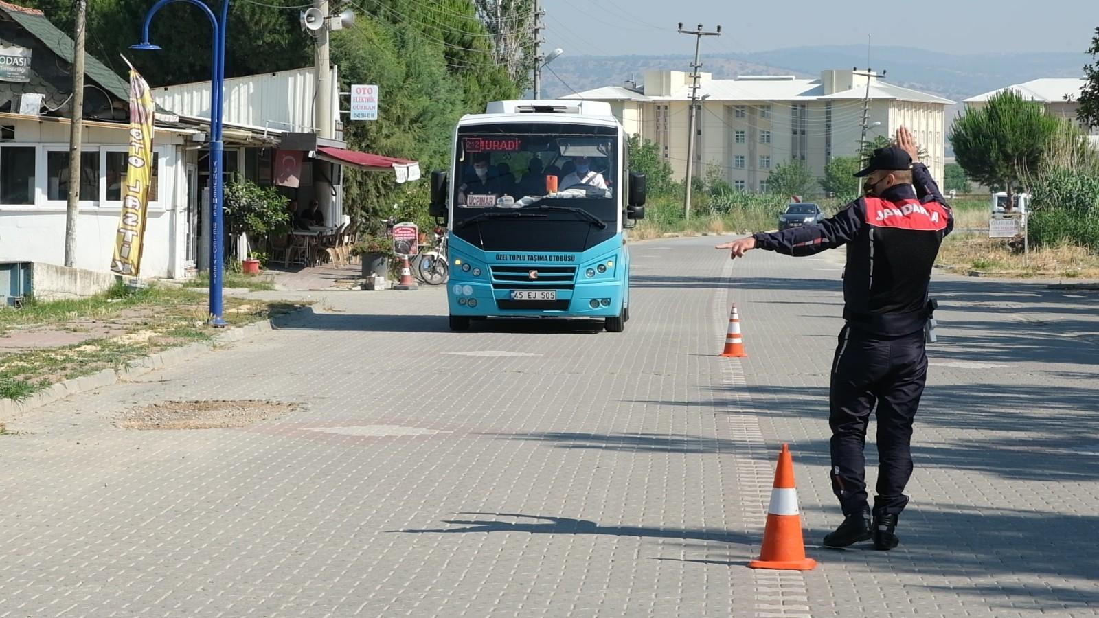 Yunusemre'de jandarmadan dolmuşlarda sivil denetim