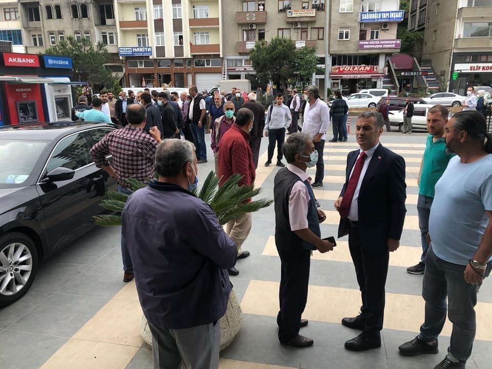 Yomra'da Belediye Başkanı Bıyık'a silahlı saldırı