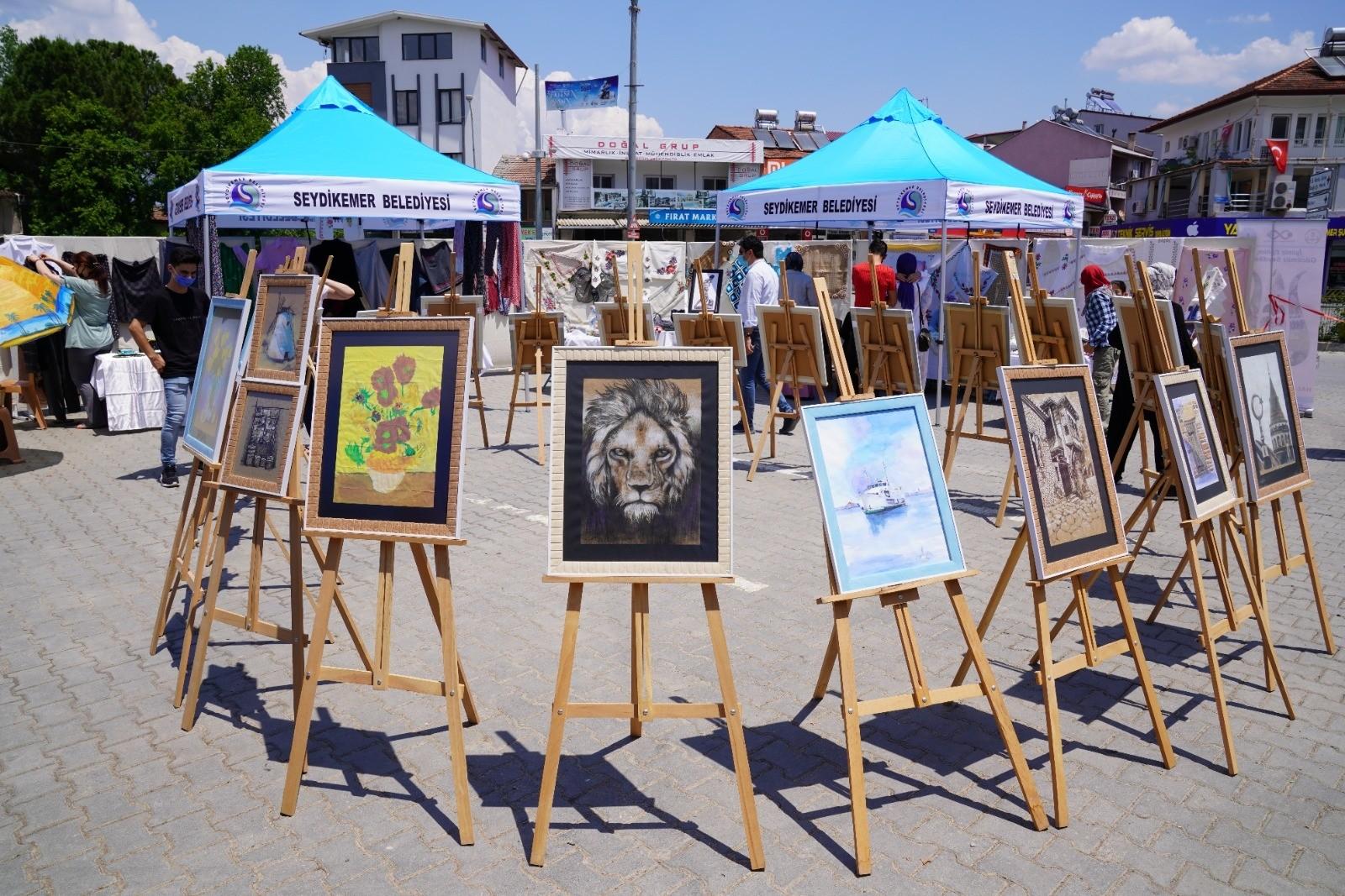 Seydikemer'de 'Hayat Boyu Öğrenme' sergisi açıldı