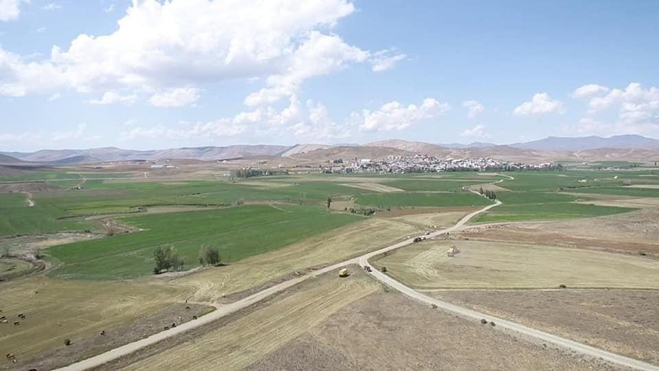 Demirözü'nde biçerdöverlere dronlu denetim