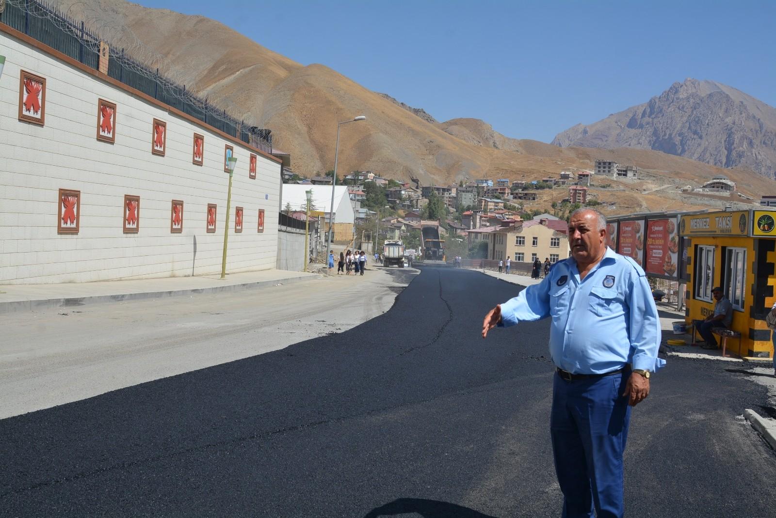 Şehit Mehmet Ceylan yolu asfaltlandı