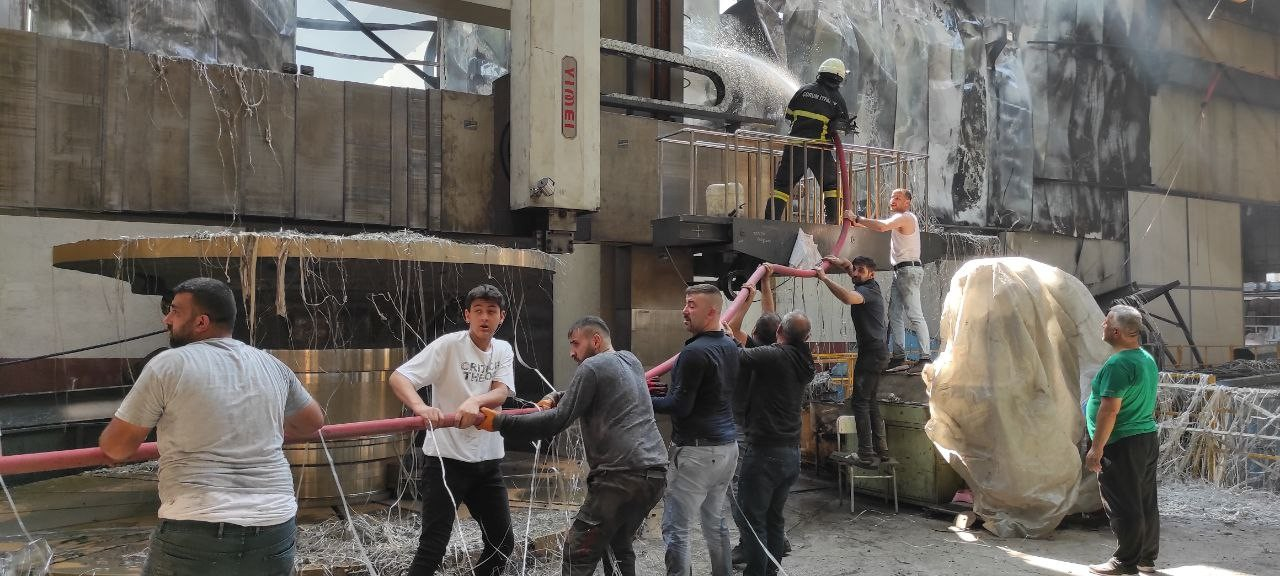Çorum'da çelik döküm fabrikasında yangın