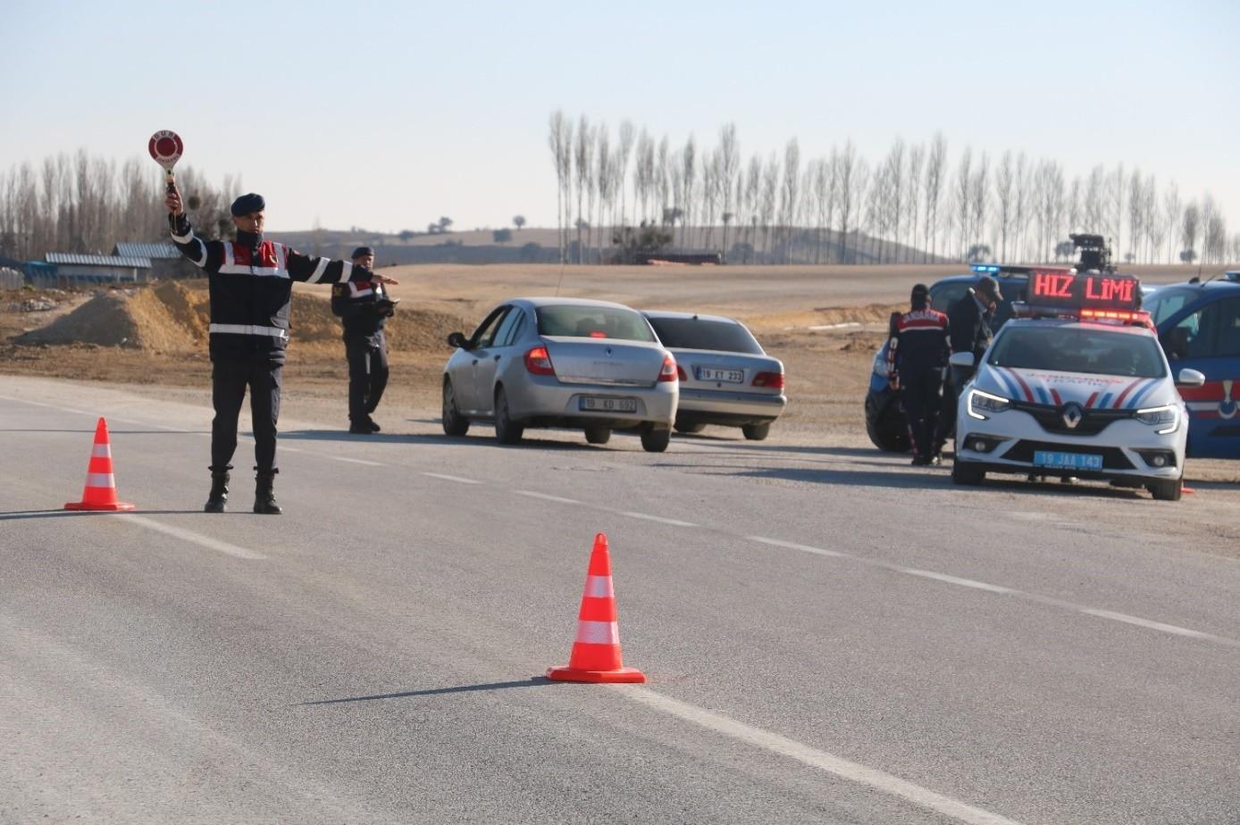Çorum İl Jandarma Komutanlığı başarılı çalışmalarıyla göz dolduruyor
