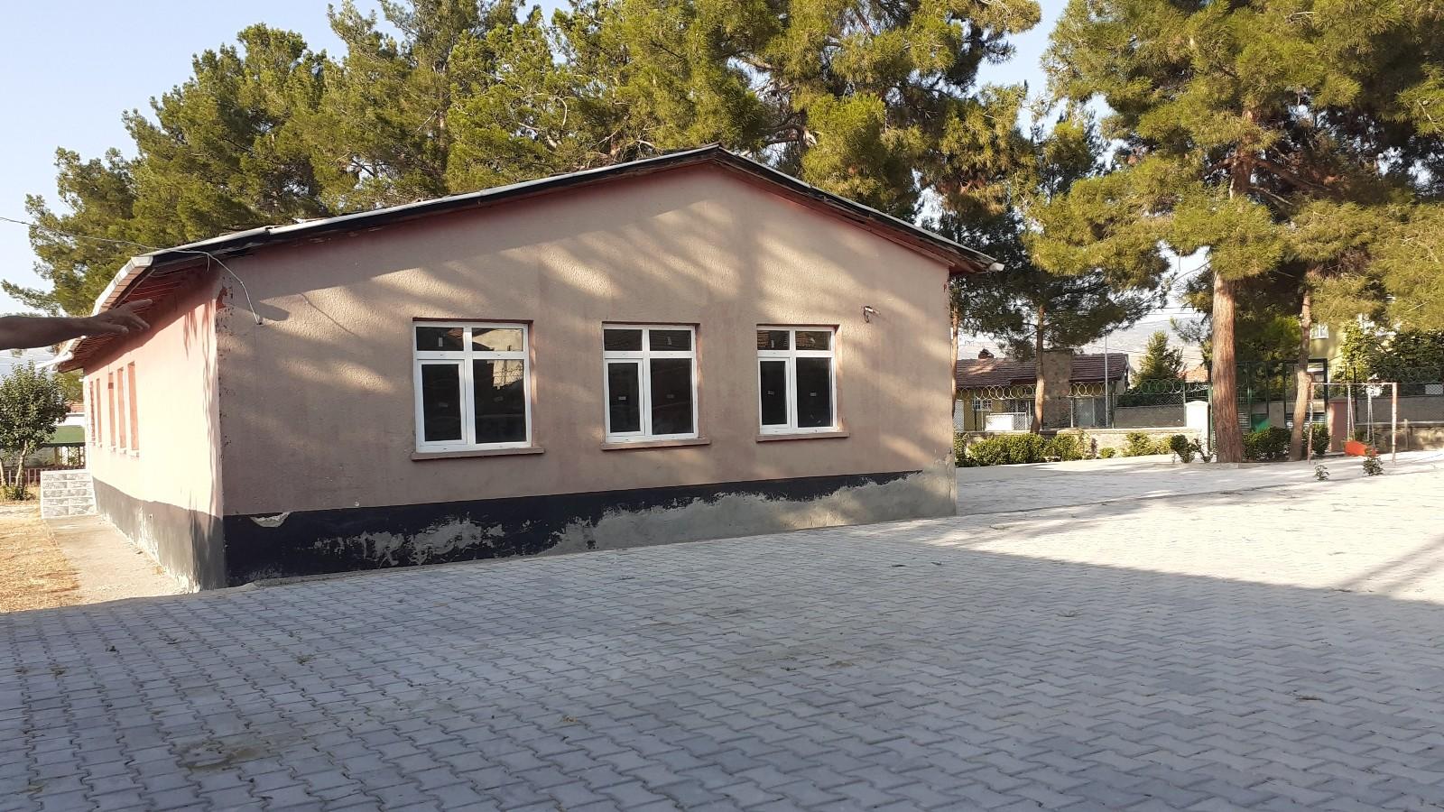 Osmancık'ta eski köy okulu düğün salonu oldu