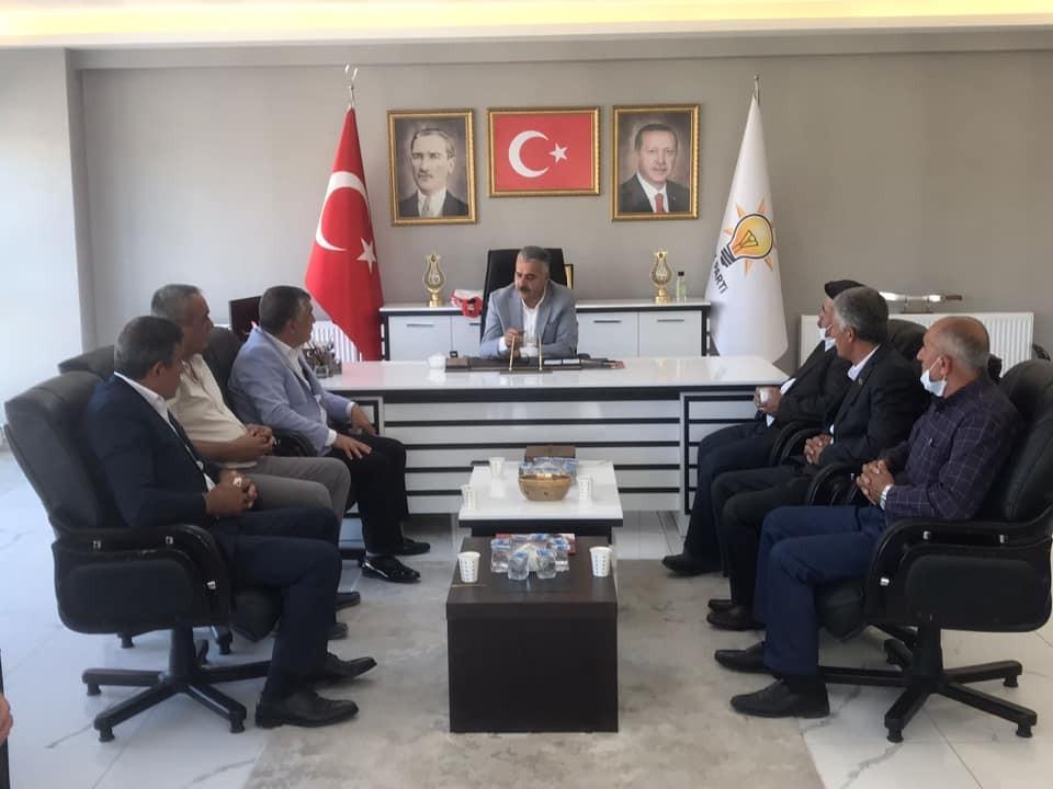 """AK Parti İl Başkanı Ahlatcı: """"Muhtarlar demokrasimizin temel taşıdır"""