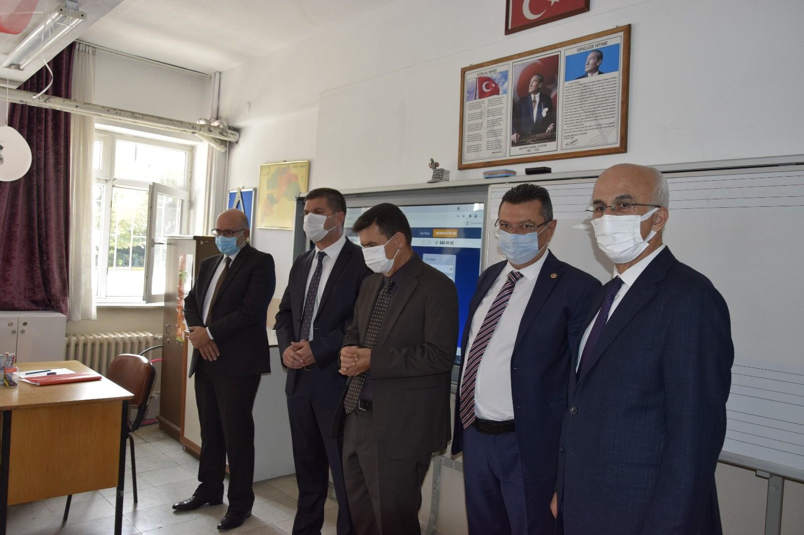 Vali Arslantaş öğrencilere başarılar diledi #burdur